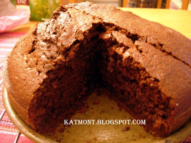 de bolo de dois sabores chocolate e outro sabor