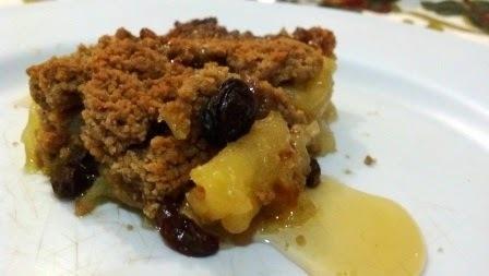 Crumble de maçã e passas - Torta fácil