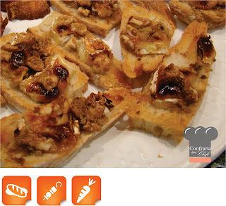 Crostini de Brie com Nozes Carameladas