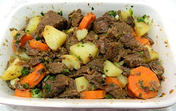 carne de panela com batata coxao duro