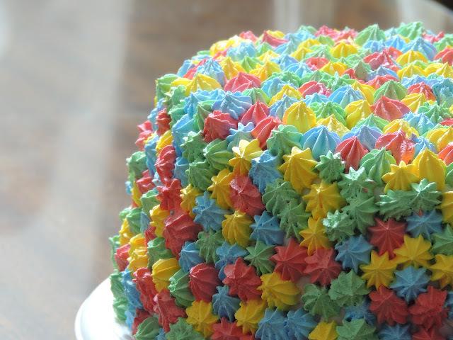 Torta de pomponcitos coloridos!
