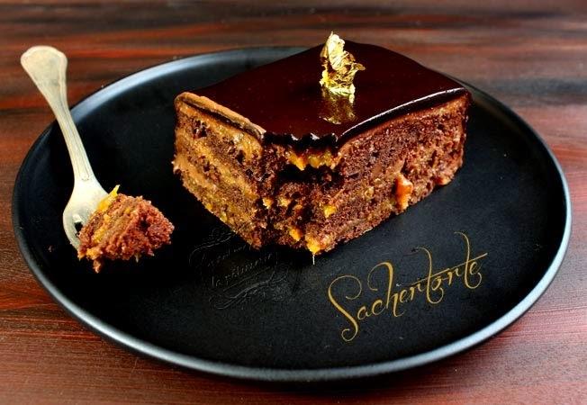 La sachertorte {gâteau au chocolat et aux abricots}
