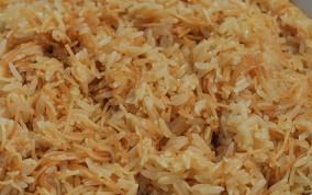 macarrão que parece arroz
