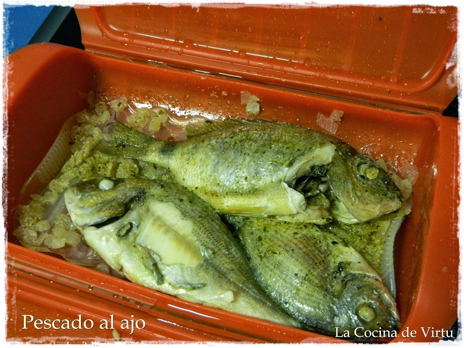 Pescado al ajo en el microondas