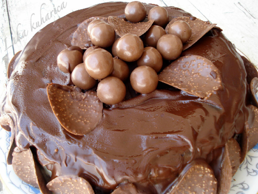Tomina torta u čast svih Vodenjaka