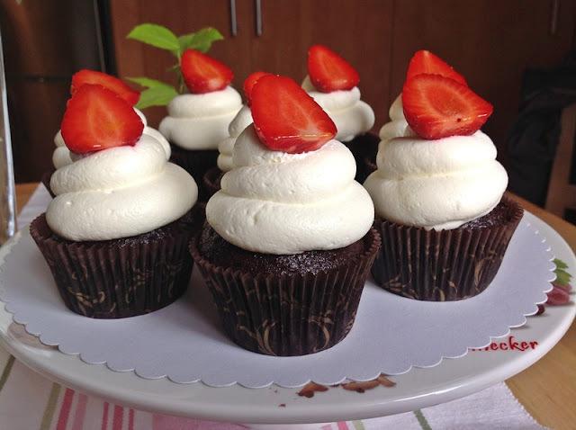 Čokoládové cupcakes se smetanovým krémem