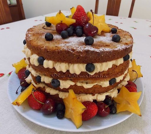 Naked Cake de Nozes