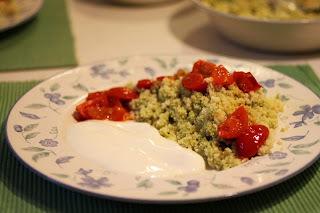 Grüner Couscous mit geschmolzenen Tomaten [vegan]