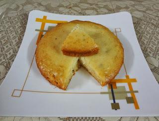 Eggless Vanilla Sponge Cake in Pressure cooker
