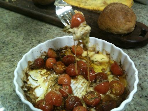 Da série aperitivos Simples Assim - Tomatinhos ao forno