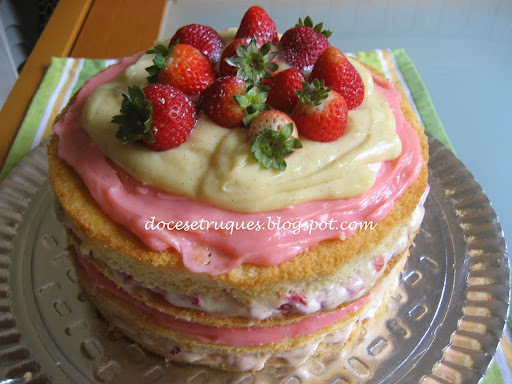 bolo de aniversario feito com massa pronta