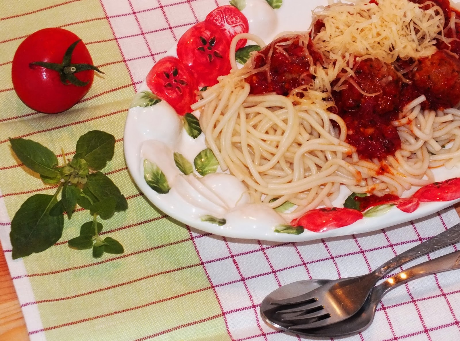 Paradicsomos húsgombócok olaszosan