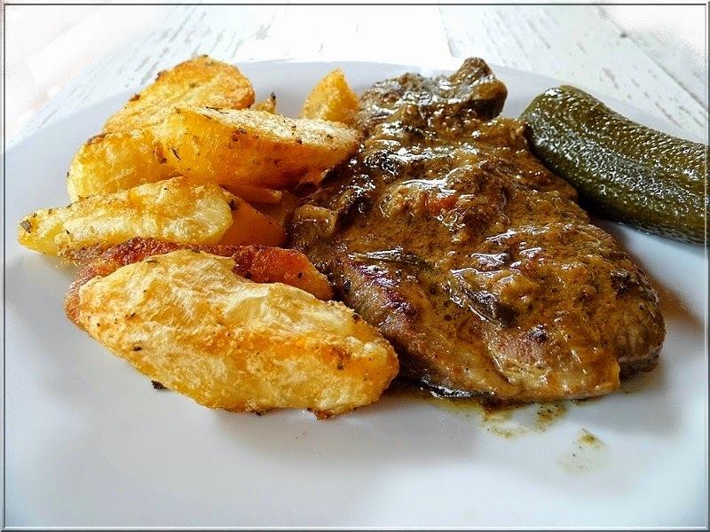 Hagymás-mustáros tarja steak krumplival