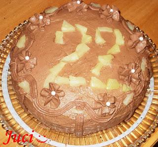 Gyümölcsös szülinapi torta