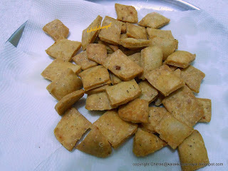 Diamond Cut Maida Spicy Biscuits