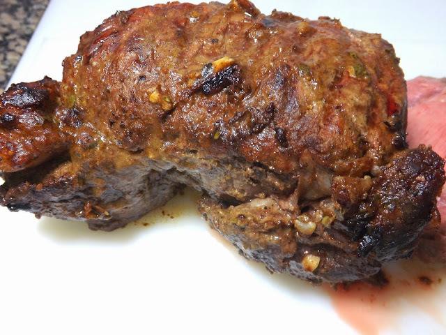 de carne assada simples e facil no forno com molho com foto