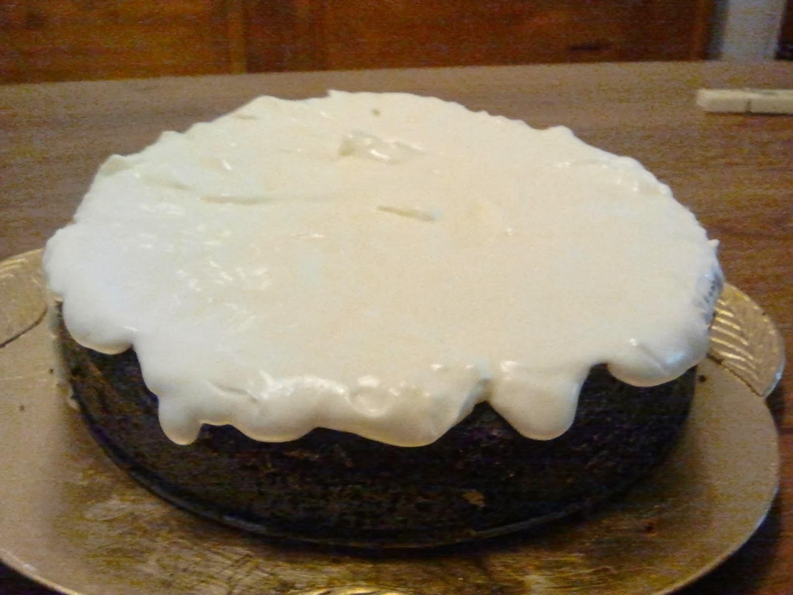 pastel con crema irlandesa