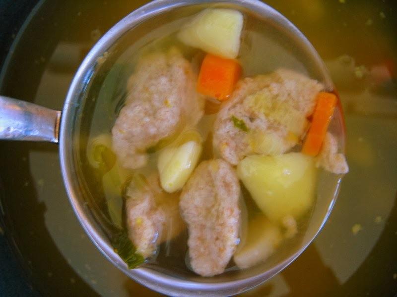 (Ne)tradičná zeleninová polievka s ražnými haluškami