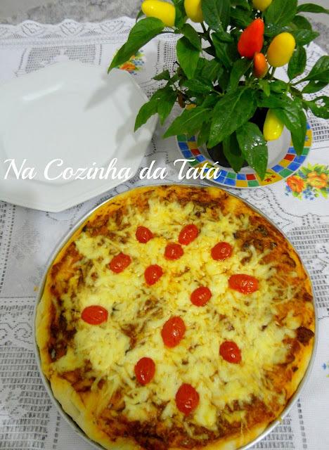 Pizza de Sardinha e Muçarela