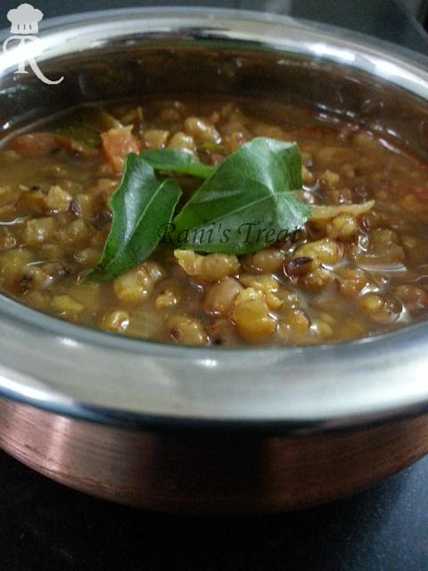 Green Moong Dhal Gravy (Green Gram Curry | Green Bean Gravy)