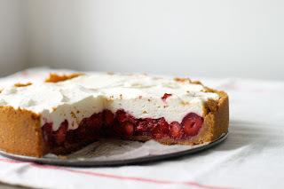 Sugar Free Raw Recipes - Strawberry and Coconut Cream Pie