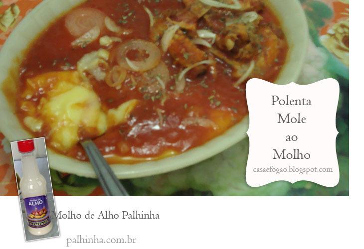 Polenta mole ao molho de tomate