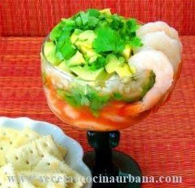 Cóctel de camarones al estilo Veracruz