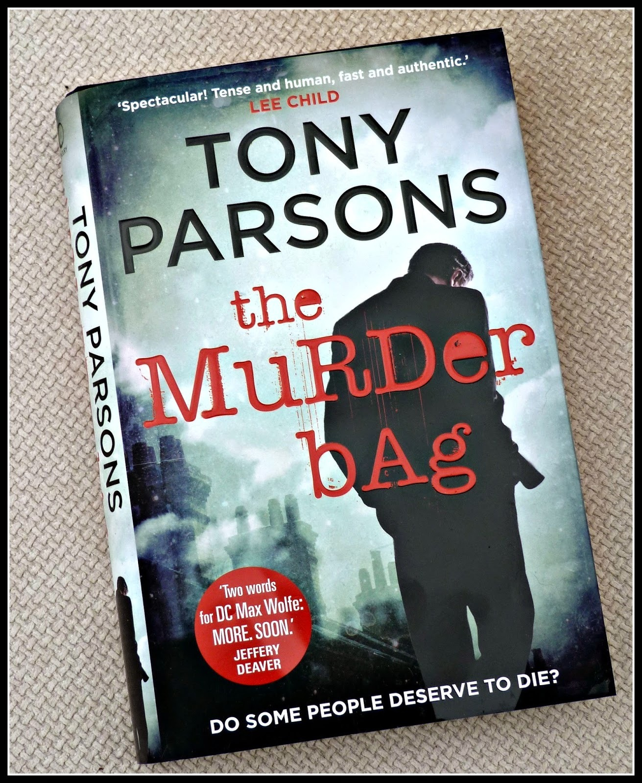 Book reviews: The Murder Bag & A Hundred Pieces of Me