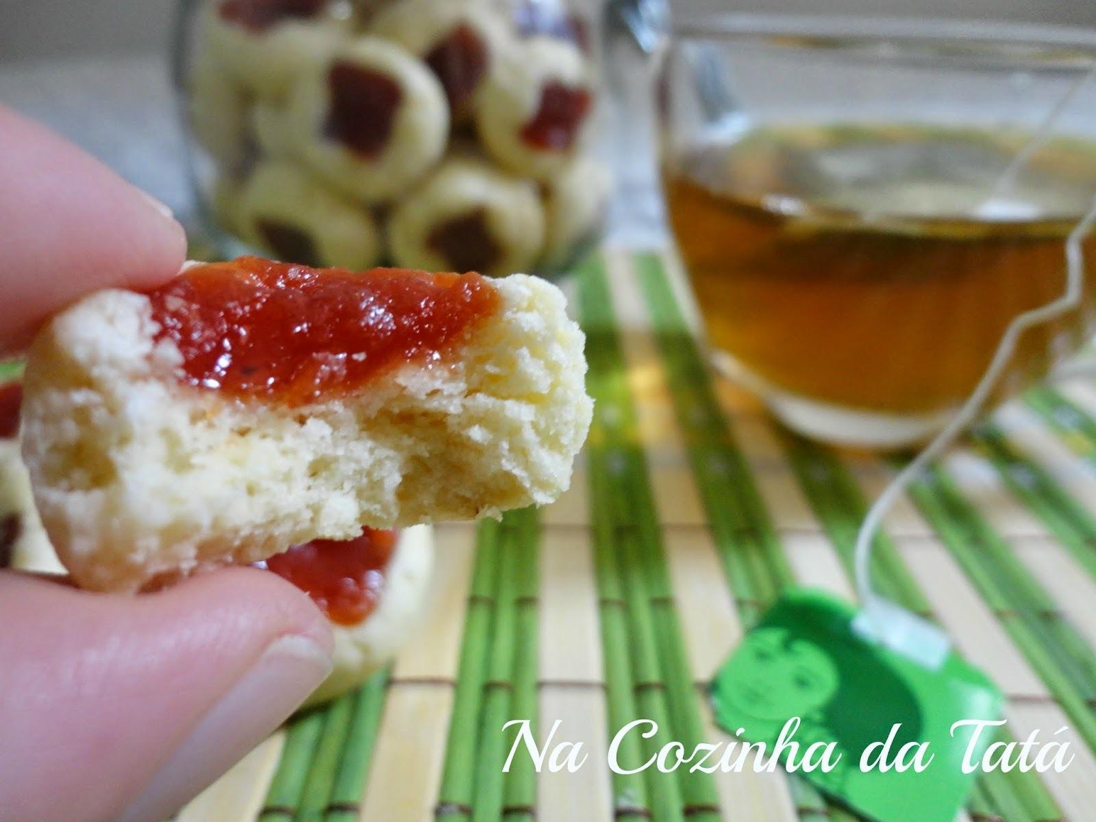 Biscoitos amanteigados + presentinhos