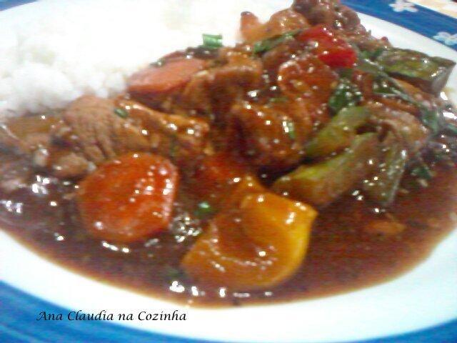 Carne Suína Com Molho Agridoce - By Junior