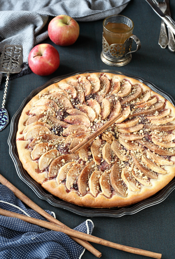 Постный яблочный пирог / Tarte de maçã sem leite e sem ovos