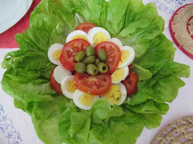 quantidade de salada de alface por pessoa