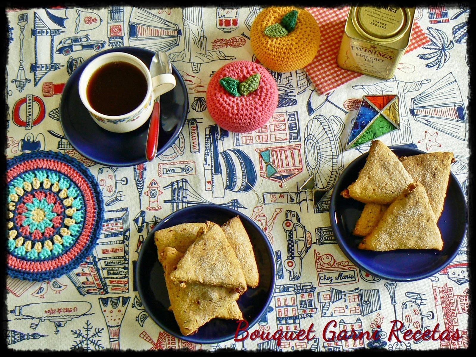Scones integrales con avena y peras (y Día de la Revolución Alimentaria/Food Revolution Day)