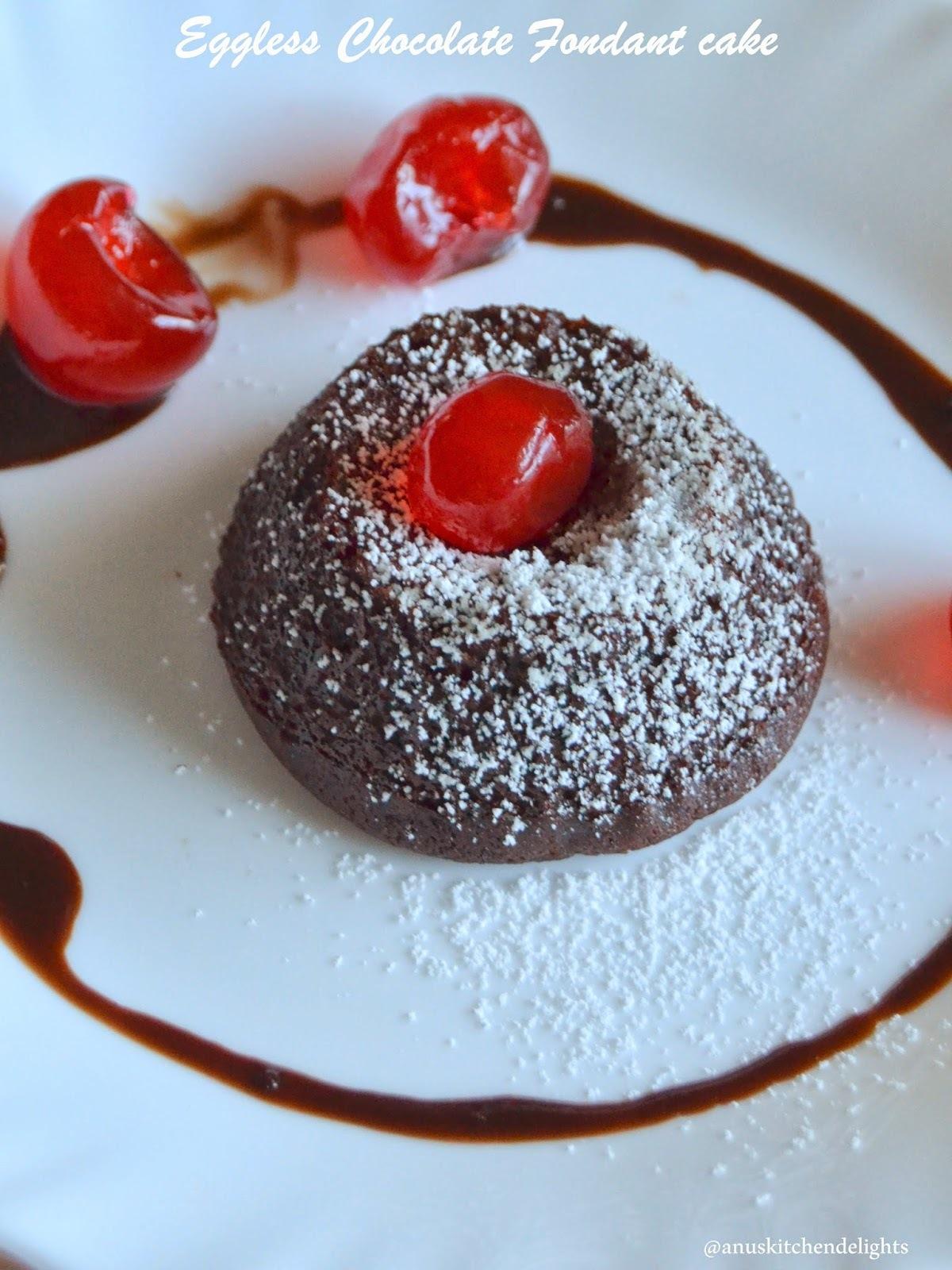 Eggless Chocolate Fondant Cakes / Chocolate Lava Cake Recipe