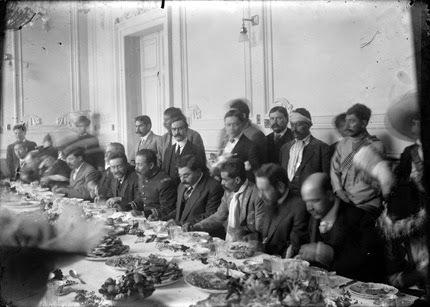 El Banquete de Pancho Villa y Emiliano Zapata.