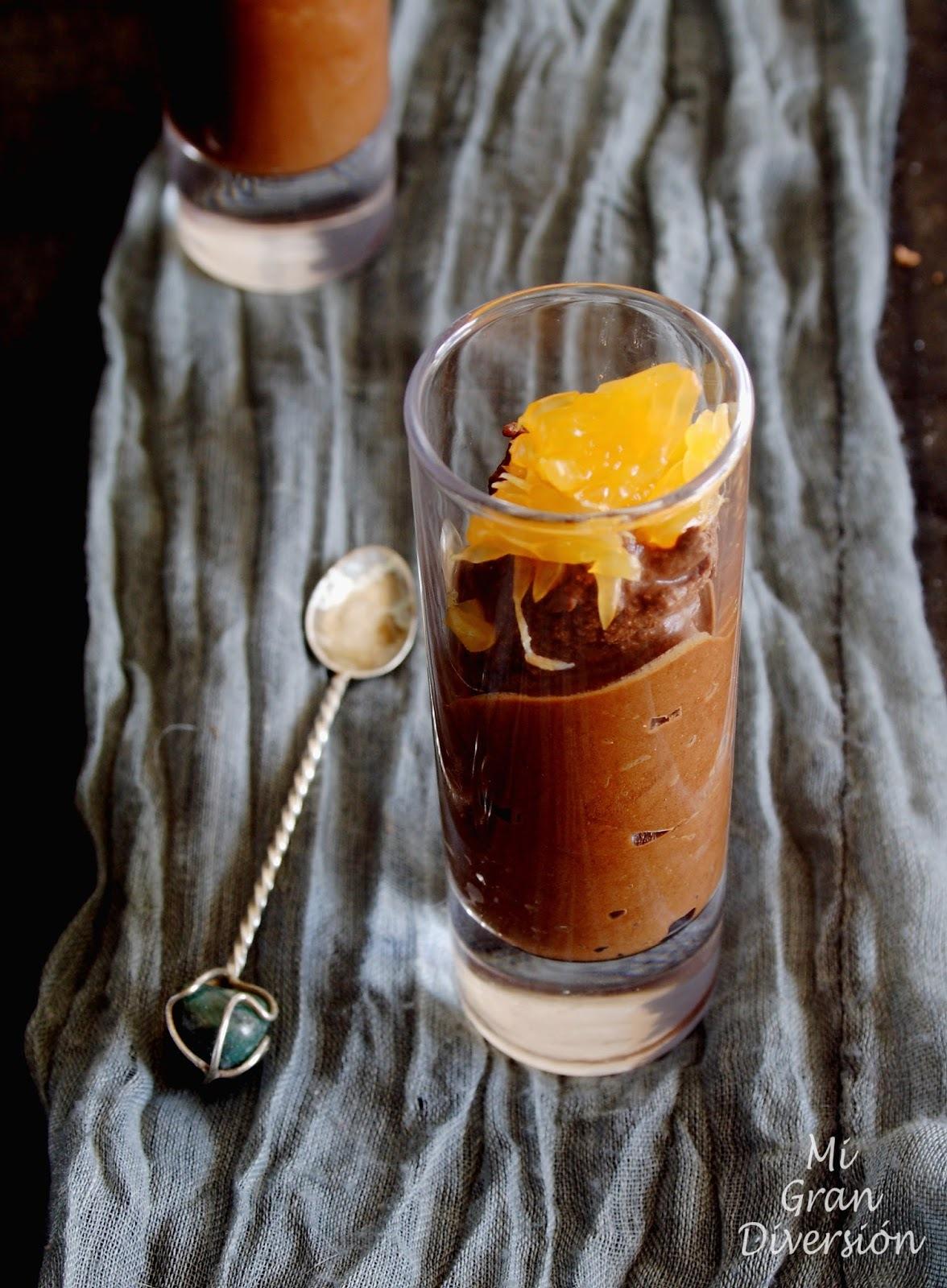Mousse de chocolate a la naranja {en 5 minutos}