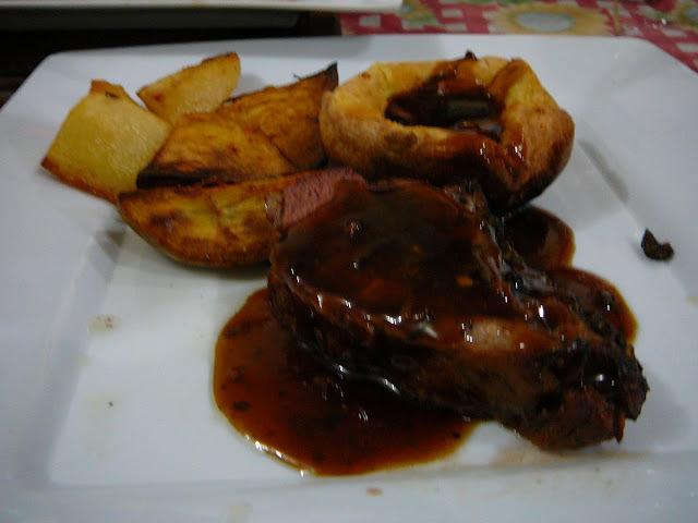 Carne al horno con gravy
