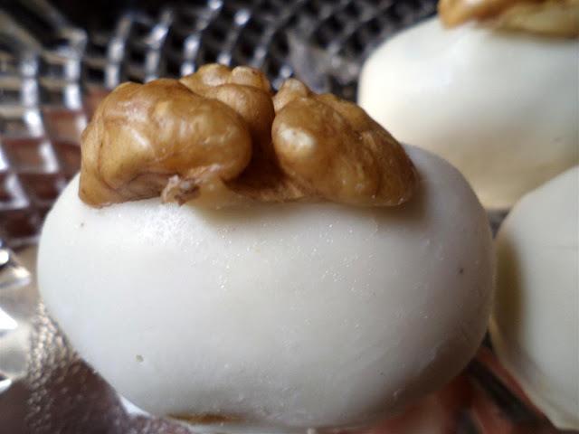 de camafeu de nozes com chocolate branco