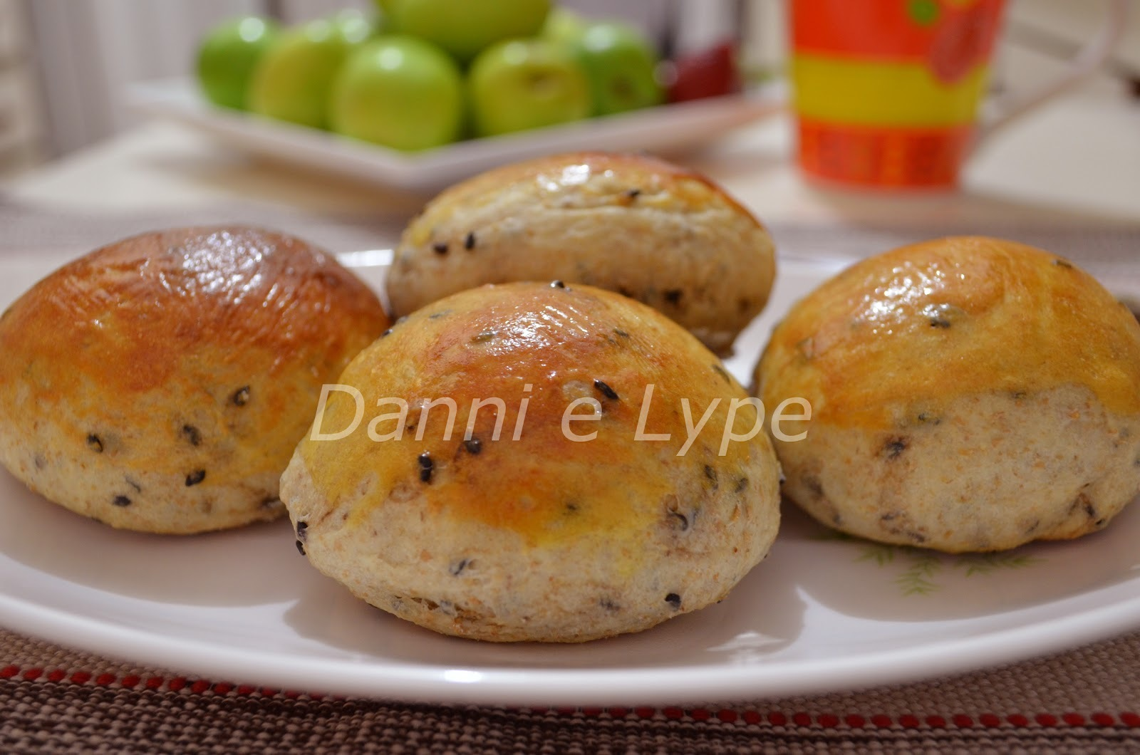 Pão com Sementes de Gergelim Escuro