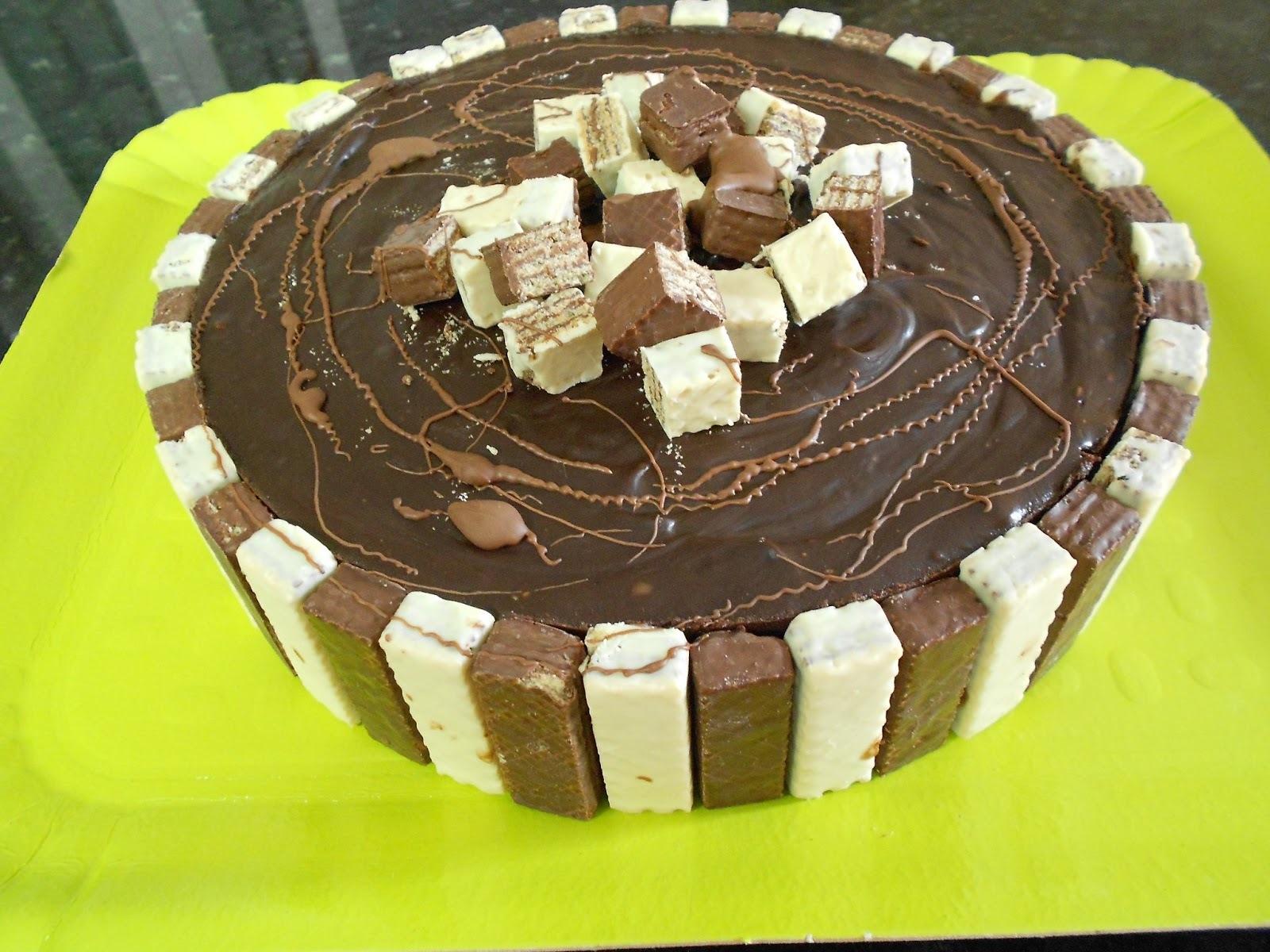 de torta de bolacha maria com bis
