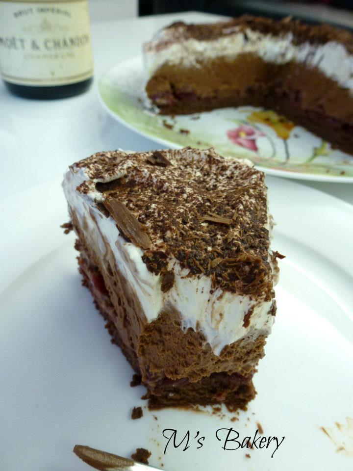 Čokoladna torta sa višnjama / Chocolate sour cherry cake