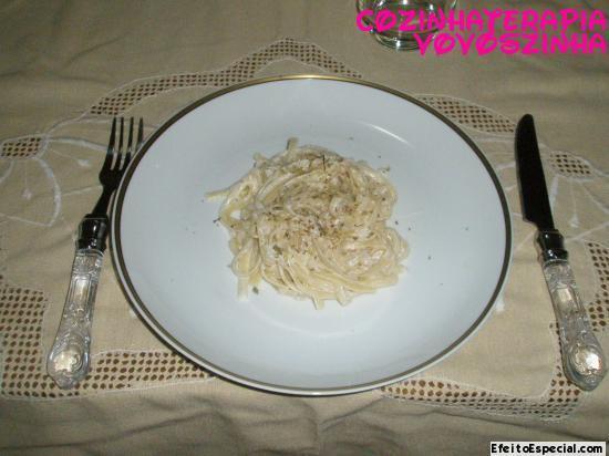 Linguinni ao molho de limão siciliano