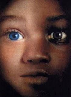 Racismo (olhos azuis)
