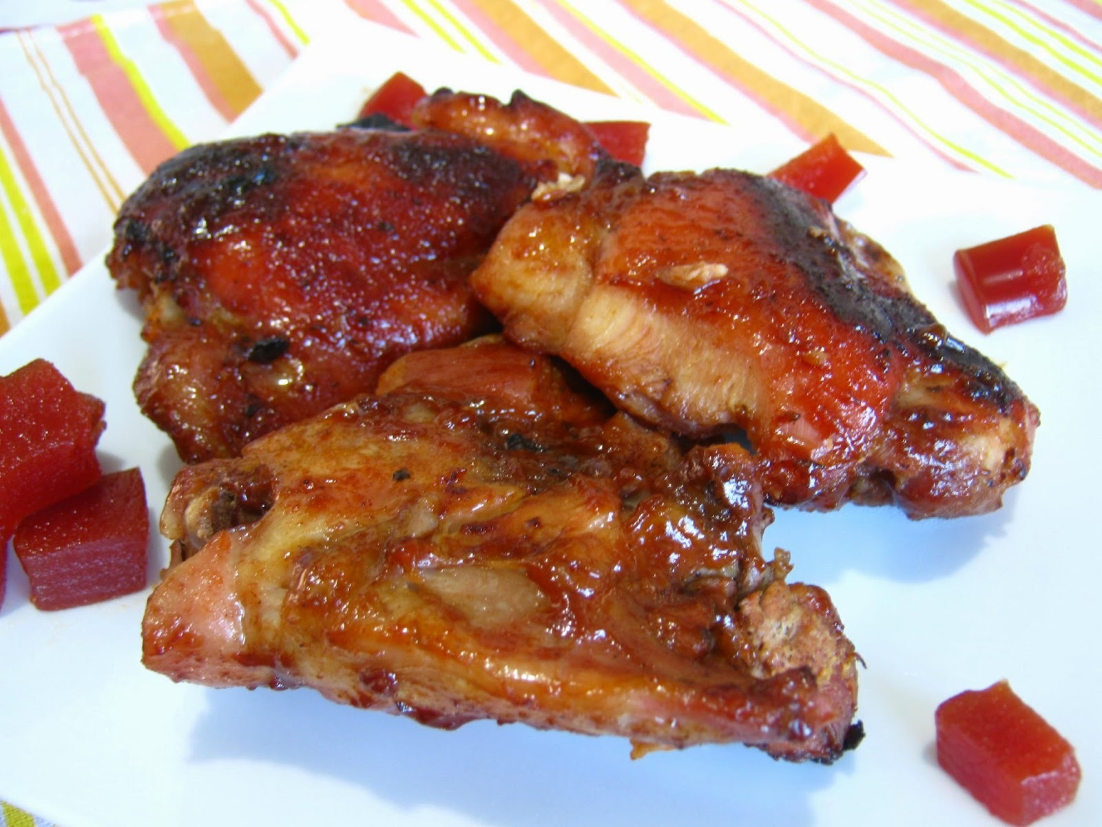 Sobrecoxa de frango com barbecue e goiabada
