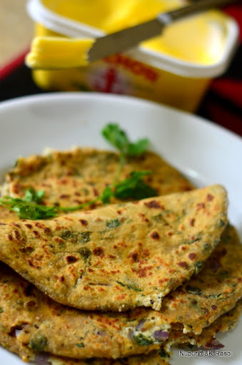 Palak Paneer Parantha : Simple and healthy Breakfast