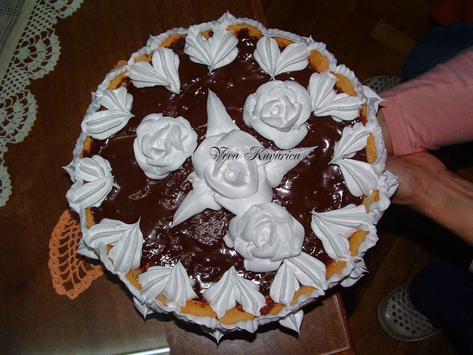 Brza nepečena keks tortica