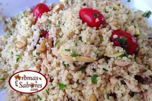 Salada de couscous com penil