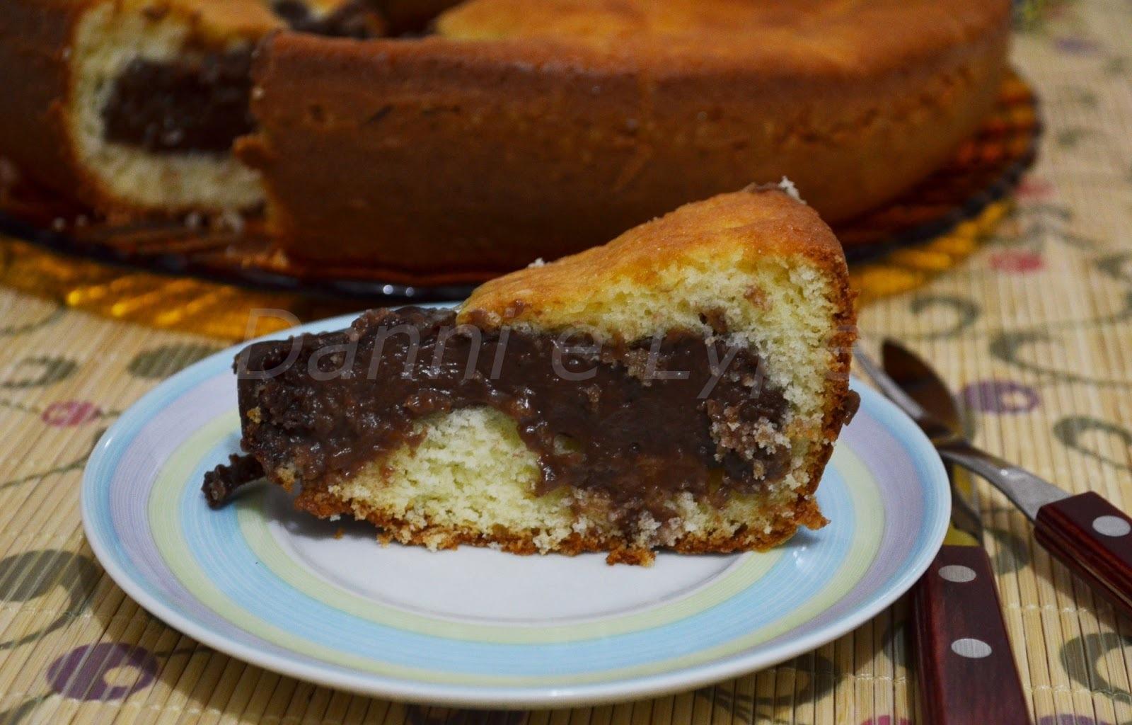 bolo gelado de chocolate super cremoso