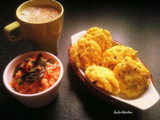 Rava idli  |   Steamed semolina cake  |   My first guest post  |   Kukskitchen