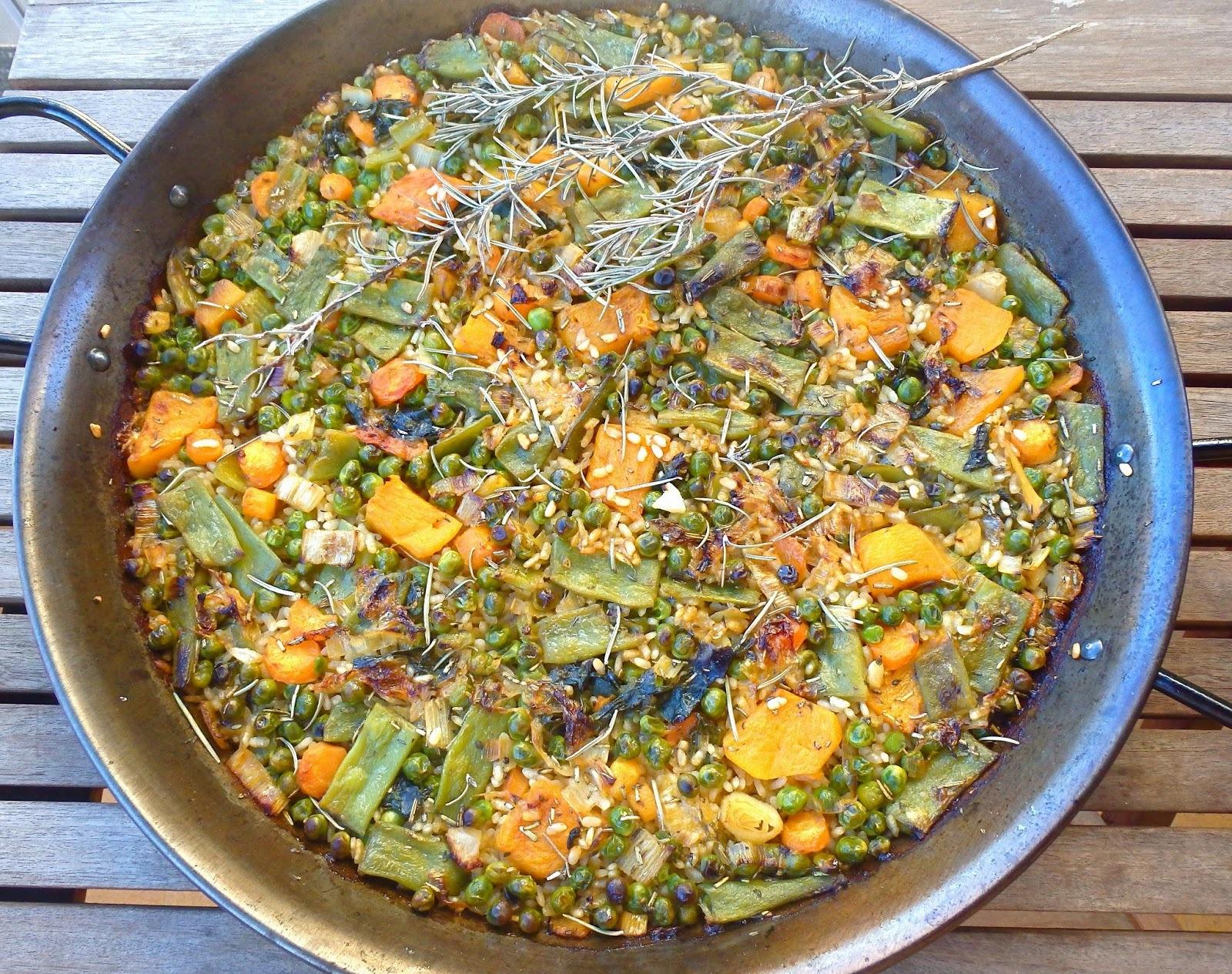 Paella de verdures i caldo de paella con sofrito ANETO  -    Paella de verduras y caldo de paella con sofrito ANETO